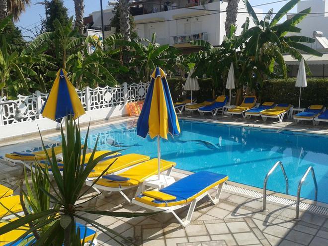 Elite Apartments - Kos - Piscina