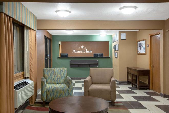 AmericInn by Wyndham Council Bluffs - Council Bluffs - Ρεσεψιόν