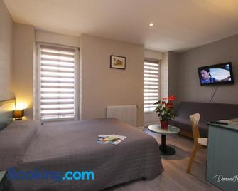 Hotel des 2 Nations - Bagnères-de-Luchon - Bedroom