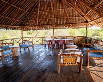 Sagala Lodge - Voi