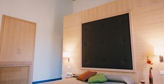 Hotel Vittorio Veneto - Ragusa - Bedroom
