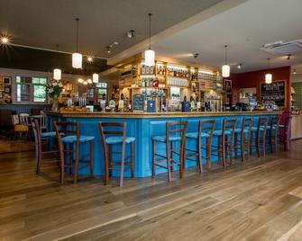 Alexander Pope - Twickenham - Bar
