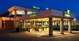 Holiday Inn Maidenhead/Windsor - Maidenhead - Edifício