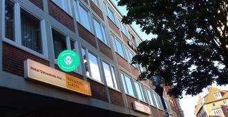Hotel Ostseehalle Kiel by Premiere Classe - Kiel - Edificio
