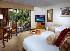 Best Western Naples Inn & Suites - Napoli - Yatak Odası