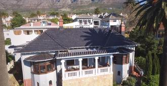 Cape Riviera Guesthouse - Cape Town