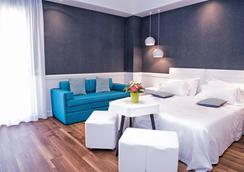 Ambienthotels Villa Adriatica - Rimini - Phòng ngủ