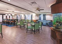 La Quinta Inn & Suites by Wyndham Corpus Christi-N Padre Isl - Corpus Christi - Ravintola