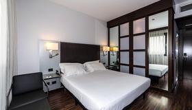 AC Hotel Padova by Marriott - Padua - Phòng ngủ