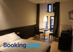 Apart2Stay - Luxembourg - Bedroom