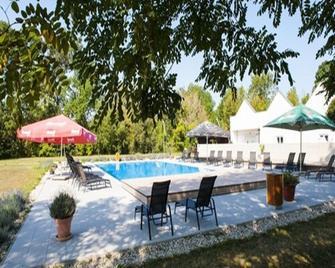 Hotel Galant Lednice - Lednice - Bazén