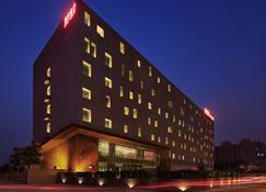 Ease House Hotel - Luoyang - Byggnad