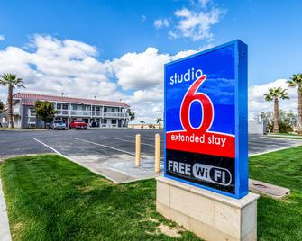 Studio 6 Buttonwillow, CA - Buttonwillow - Building