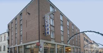 Hotel Bisanzio - Rávena - Edificio