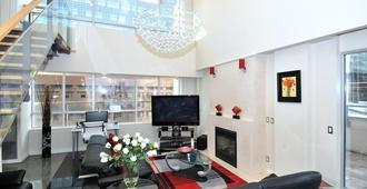 Yonge Suites Furnished Apartments - Toronto