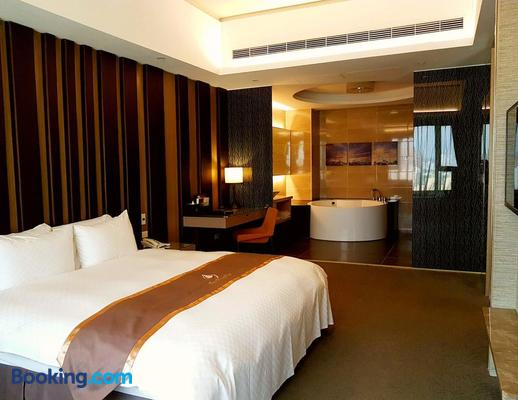 Tsun Huang Hotel - Chiayi City - Bedroom