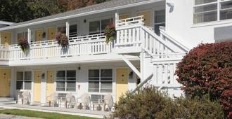 Schooner Bay Motor Inn - Rockport