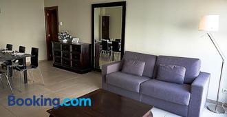 Alguera Apartments Sant Andreu - Barcelona - Sala de estar