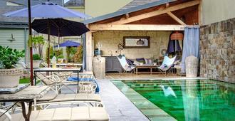 La Marine de Loire Hôtel & Spa - Montsoreau - Pool