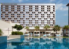 Intercontinental Hotels Bahrain - Manama - Byggnad