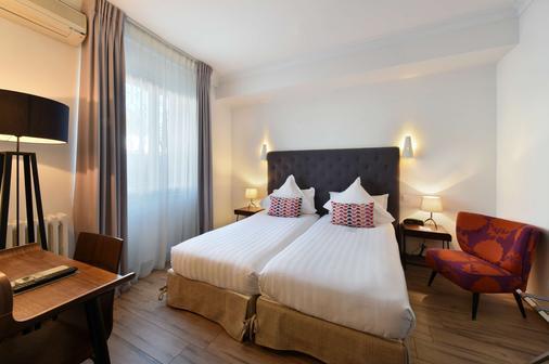Best Western PLUS La Corniche - Toulon - Schlafzimmer