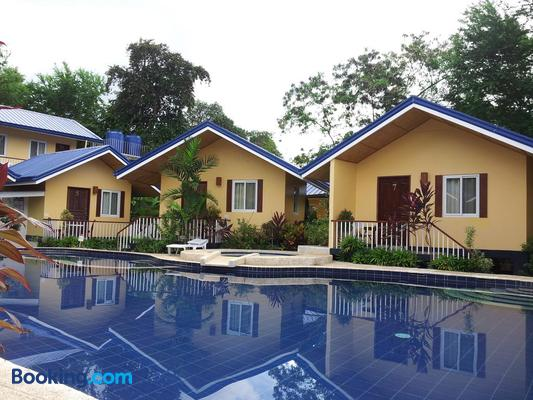 Blue Lagoon Inn & Suites - Puerto Princesa - Building