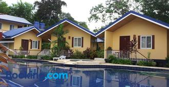 Blue Lagoon Inn & Suites - Puerto Princesa
