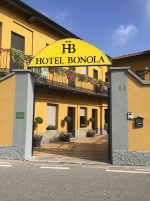 Hotel Bonola - Milan - Building