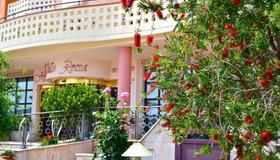 Hotel Valle Rossa - San Giovanni Rotondo - Vista del exterior