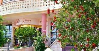 Hotel Valle Rossa - סן ג'ובאני רוטונדו - נוף חיצוני