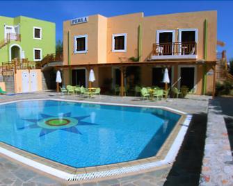 Perla Apartments - Agia Pelagia - Pool