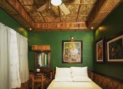 Villa Anastacia White Beach Puerto Galera - Puerto Galera - Bedroom