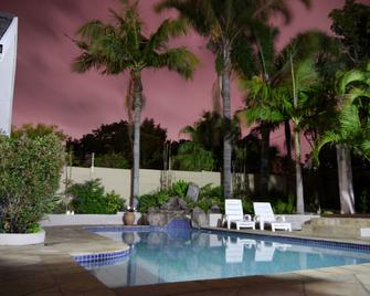 Appleby's Guest House - East London - Pool