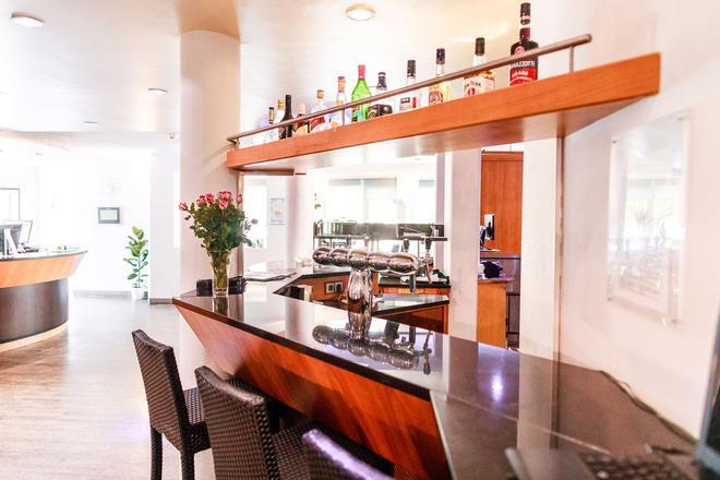 Best Western Plazahotel Stuttgart-Filderstadt - Filderstadt - Bar