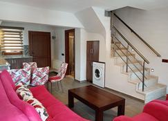 Dolphin Apart & Hotel - Sarigerme - Wohnzimmer