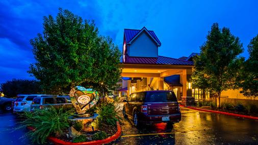 Best Western Plus Loveland Inn - Loveland - Rakennus