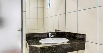 Hotel Lalique - Sao Paulo - Bathroom