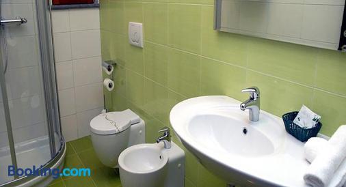 La Zagara Hotel - Lipari - Bathroom