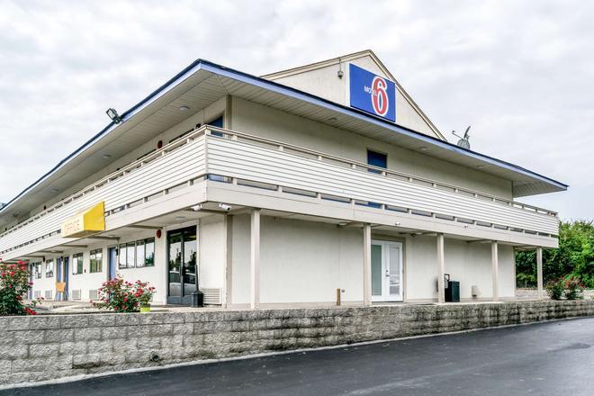 Motel 6 Florence Ky - Florence - Building