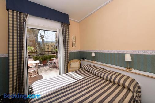 Hotel Morchio - Diano Marina - Bedroom