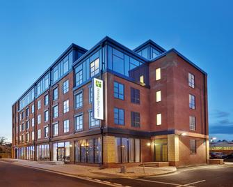 Holiday Inn Express Grimsby - Grimsby - Building