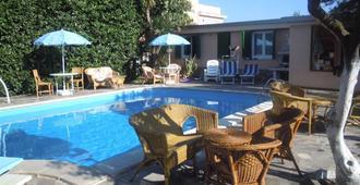 Villa Franca - Pompeya - Piscina