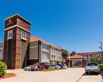 La Quinta Inn & Suites By Wyndham Houston/Clear Lake-Nasa - Webster - Building