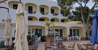 Hotel Terme Felix - Ischia - Patio