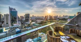 Peninsula Excelsior Hotel - Singapur - Balcón