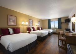 Super 8 by Wyndham Las Vegas - Las Vegas - Bedroom