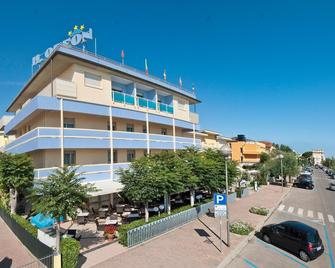 Hotel Odeon - Cervia - Building