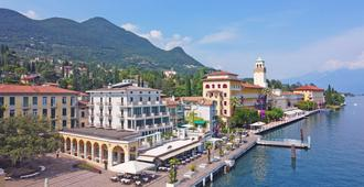Hotel Du Lac - Gardone Riviera - Vista esterna