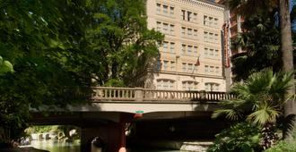 Drury Inn & Suites San Antonio Riverwalk - San Antonio - Building