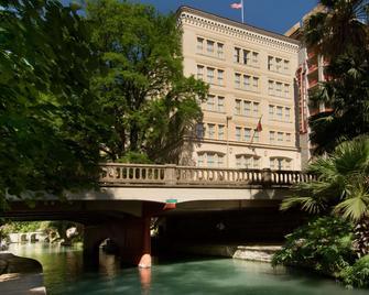Drury Inn & Suites San Antonio Riverwalk - Сан-Антонио - Здание